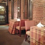 صورة فوتوغرافية لـ The Tavern at the Henley Park Hotel