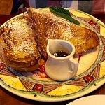 Photo de Miss Shirley's Cafe