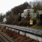 Das Parkhotel Styria von der Straßen- und Eisenbahnseite