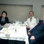Aile dostları ile yılbaşı yemeği Kudret Atıl