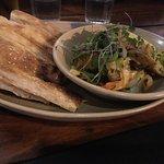 starter - garlic prawns