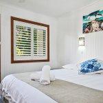 Bedroom Garden Apartment