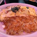 Omelette with hash browns