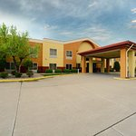 Baymont Inn and Suites Marion