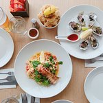 A must eat in Noosa, I love oysters and pasta so much, it's perfect and beautiful.
