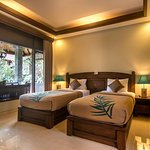 Photo of De Munut Balinese Resort & Spa