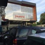 Faustine Hotel