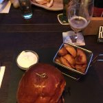 Josper burger, Zsebes csirkemell cheddar sajttal, prosciuttóval és sült paprikával