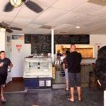 Фотография Tuckaway Bagel & Waffle Cafe
