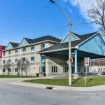 Comfort Suites Windsor