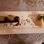 un dessert exceptionnel : omelette norvégienne, macaron à la pistache
