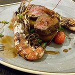 Foto de Pillars Restaurant & Bar