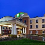 Foto de Holiday Inn Express Hotel & Suites Howell