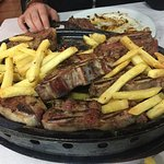 beef mixed grill (1L sangria + frites + grill : 40 €) YUMMY !!