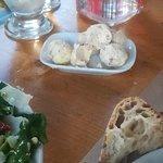 βούτυρο ως συνοδευτικό του ψωμιού