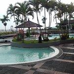 Grand Whiz Hotel Trawas Mojokerto照片