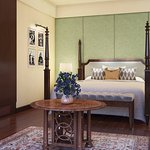 The Kohinoor Suite (3,500 square feet is the jewel in the crown of The Oberoi, New Delhi.