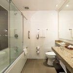 Baño Suite Carlton Familiar
