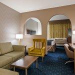 Photo de Best Western Plus Tulsa Inn & Suites