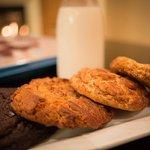 Cookies & Milk, Room Service