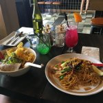 Great noodles with chicken breast option :)