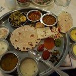 Фотография Samrat Veg Restaurant