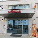 Photo de Adina Apartment Hotel Berlin Hackescher Markt