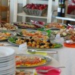 particolari del buffet antipasti