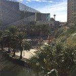 Photo de Hotel Indigo San Antonio Riverwalk