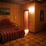 聖祖利安飯店照片