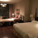 Avalon Hotel resmi