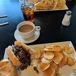 WOW Philly Cheese Steak (VERY GOOD)
