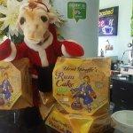 Foto de Blond Giraffe Key Lime Pie Factory