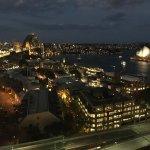 Foto di Quay West Suites Sydney