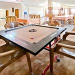 Carom table