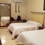 Photo de Hotel Oka'an
