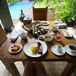 In-villa breakfast (free delivery)