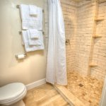 """Independence Room """"farmhouse chic"""" private bathroom"""
