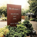 Balance Mountain Day Spa, Relax and Unwind in the Dandenong Ranges.Single, couple and group book