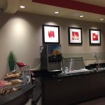 Cambria hotel & suites resmi