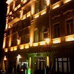 Azcot Hotel resmi