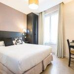 Photo of Hotel Bonsejour Montmartre