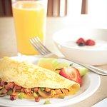 Wide assortment in hot continental breakfast!