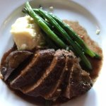 Beef filet with potatoes and green beans