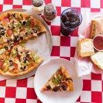 Foto de Santeramos Pizza and Italian Restauran