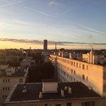 Photo de Crowne Plaza Paris - Neuilly