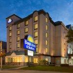 Days Inn & Suites - Niagara Falls Centre St. By the Falls Photo