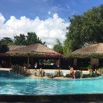 Photo de Bluewater Maribago Beach Resort