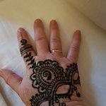 A las dos horas de aplicar la henna