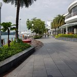 Photo de Sentosa Boardwalk